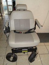 Like New WHEELCHAIR  w/  Charger in Yucca Valley, California